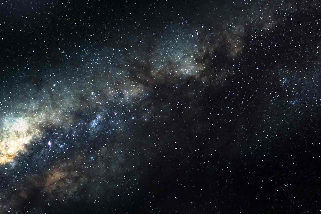 Deep space (Adobe Stock)