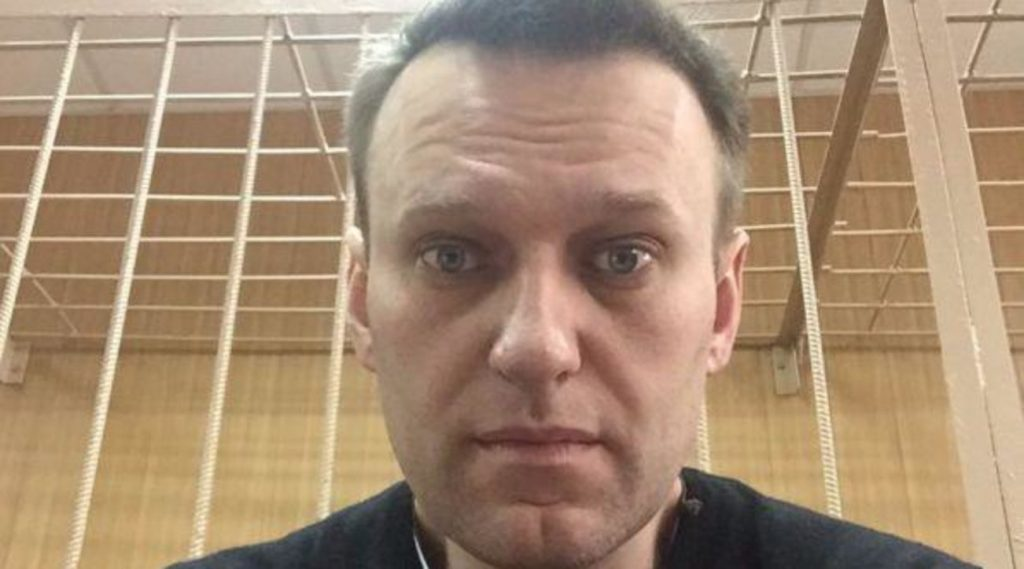"""Russia, Navalny ends hunger strike: """"I lose my sensitivity to the parties"""""""