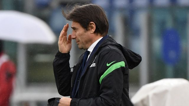 Inter asks Antonio Conte to stay
