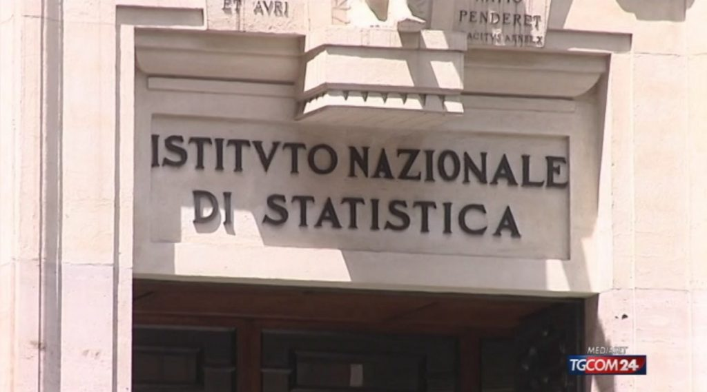 Statistics: Unemployment decreases in March but increases for women