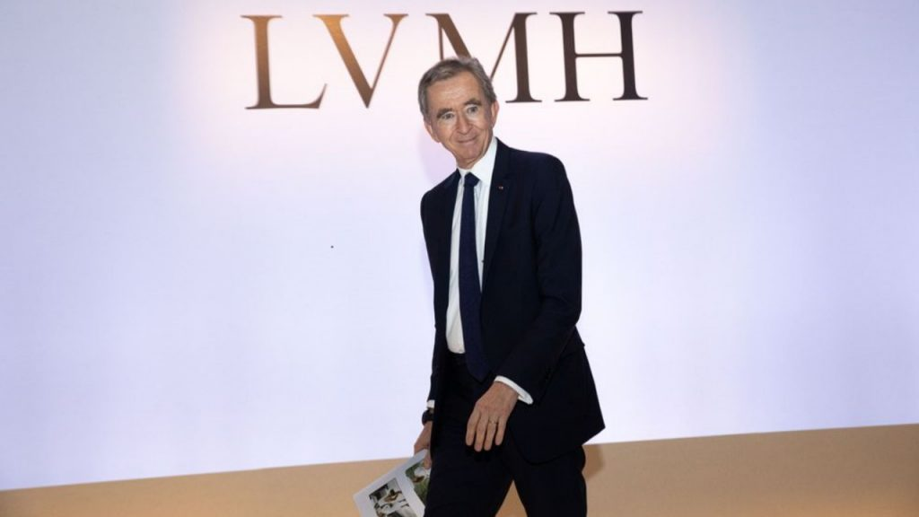 Bernard Arnault becomes the richest man in the world!  After Musk also passed by Bezos (for a while)