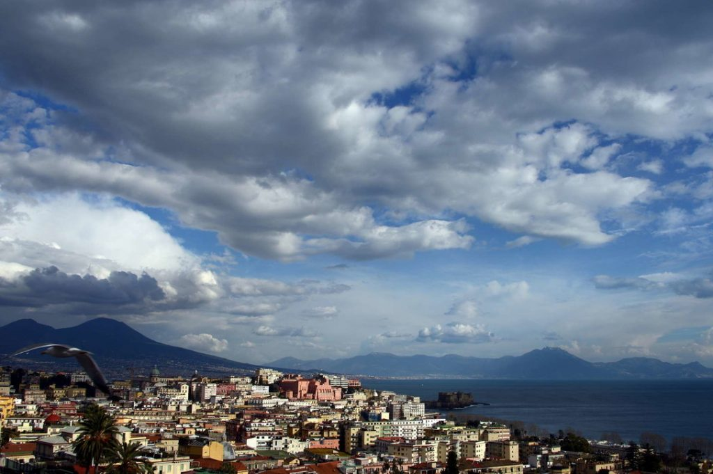 Covit, Italy reopens to tourists, pass for travel |  Vaccines in companies from the second half of May: the protocol is coming