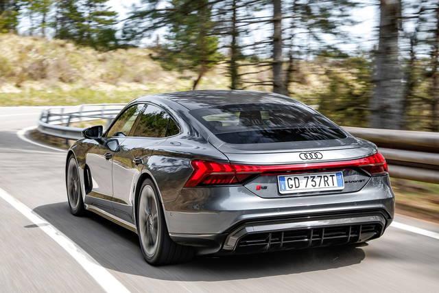 In viaggio con l'Audi RS e-tron GT