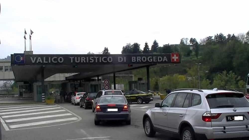 Travel Switzerland and Italy: Mayor of Lavina Ponte Teresa