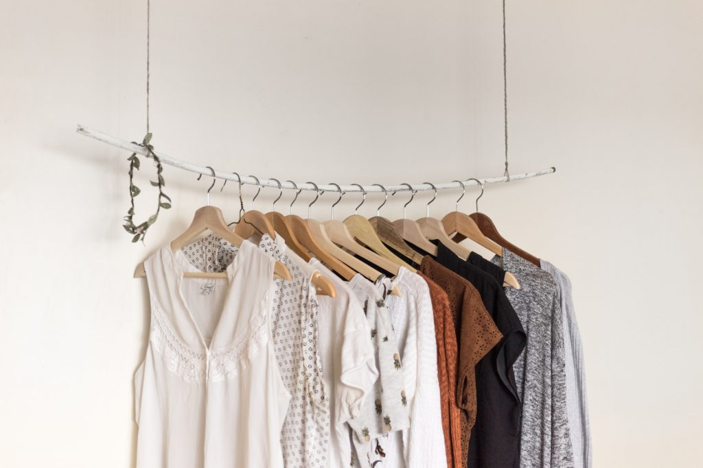 We could save hundreds of euros on clothes if we took these three easy steps