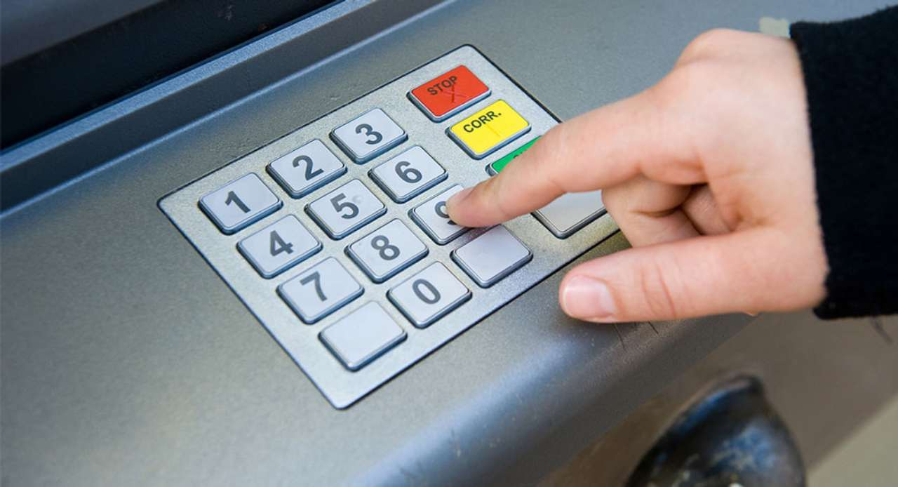 Payments at ATMs: When the Bank Can Investigate