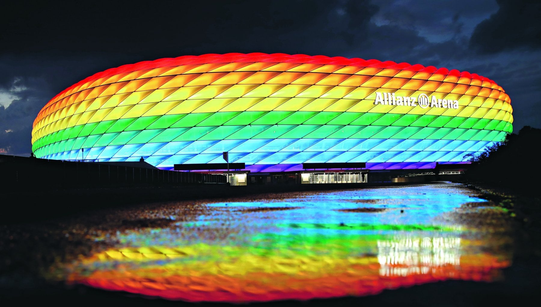 Europeans, UEFA puts a rainbow in its logo. Orban does not go to Munich