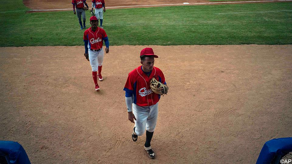 Cuban Drama: Runaway star and baseball team miss Olympics