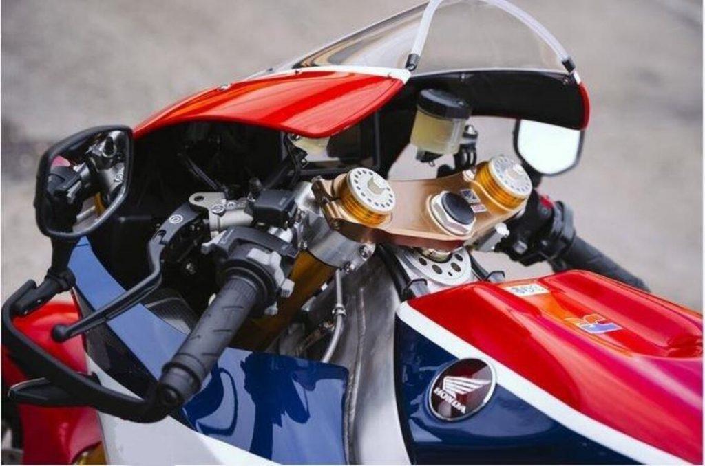 Honda V4 engine patent.  Sometimes V2 - News