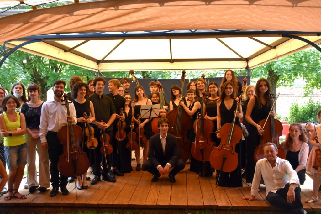 """The Magliano Alfieri Classic Festival ends with applause.  Mayor: """"Art and culture in the region"""" (photos and video) - www.ideawebtv.it"""