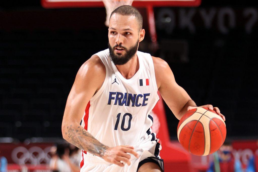 France beat Flop Torrent and Lillard