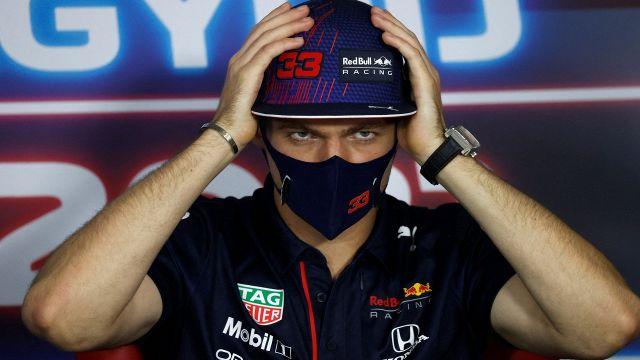 Max Verstappen Lewis Hamilton, hit and shoot