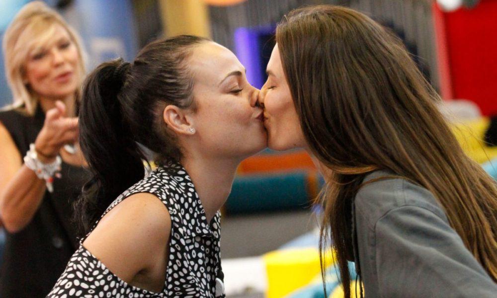"""Diane Melo Kiss Me Again"": A hardened performance, blurred Zinga"