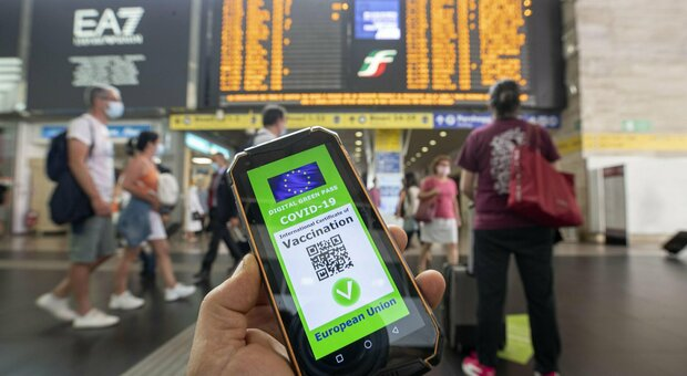 Green pass on trains and flights in force after August 15