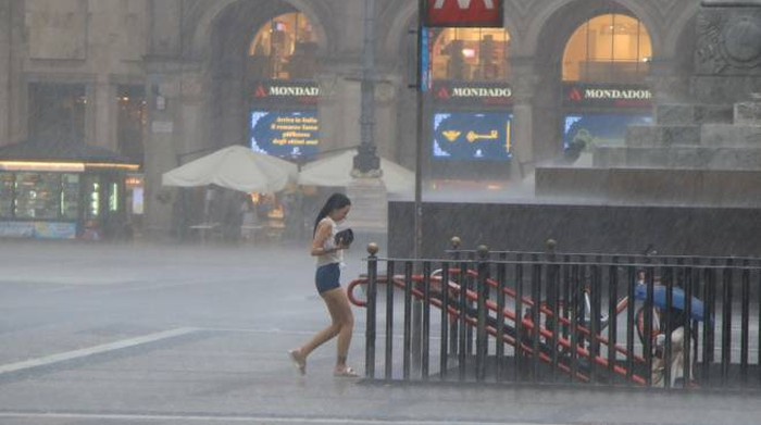 Weather, storm and wind warnings.  Hazard risk: Here it is - Chronicle