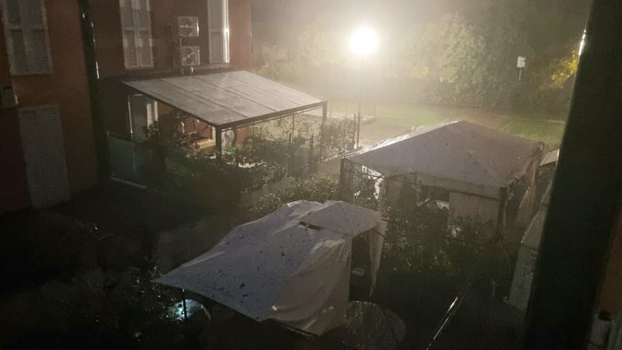 A storm with rain, hail and wind from Pordenone to the region of Lower Friuli