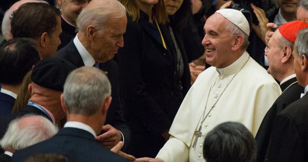 Afghanistan, Pope stuns Biden