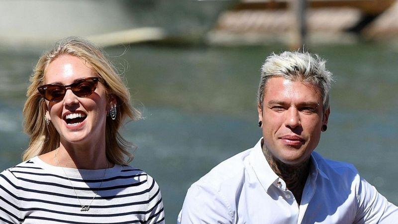 Chiara Ferragni and Videz on a yacht in Capri: photos