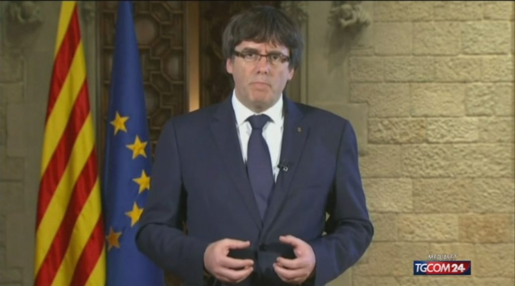 Puigdemont frees former president of Catalonia, but must return to Sardinia on October 4