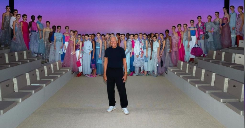 """Milan Fashion Week Giorgio Armani puts the emotion of the sea in his clothes and quotes Leopardi's Infinity: """"Times, in my opinion, require this"""""""