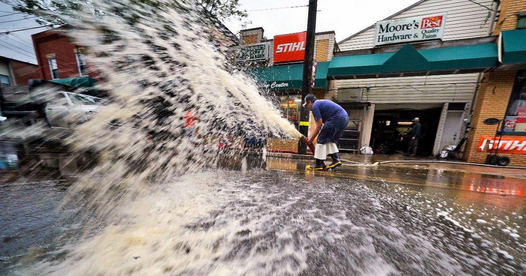 "Hurricane Ida kills 46 in eastern America: 23 in New Jersey alone.  Biden flies to Louisiana: ""We are all united"""