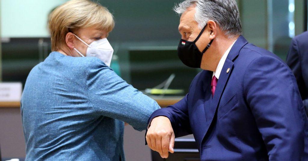 """With Urban, the dark side of Angela Merkel"""