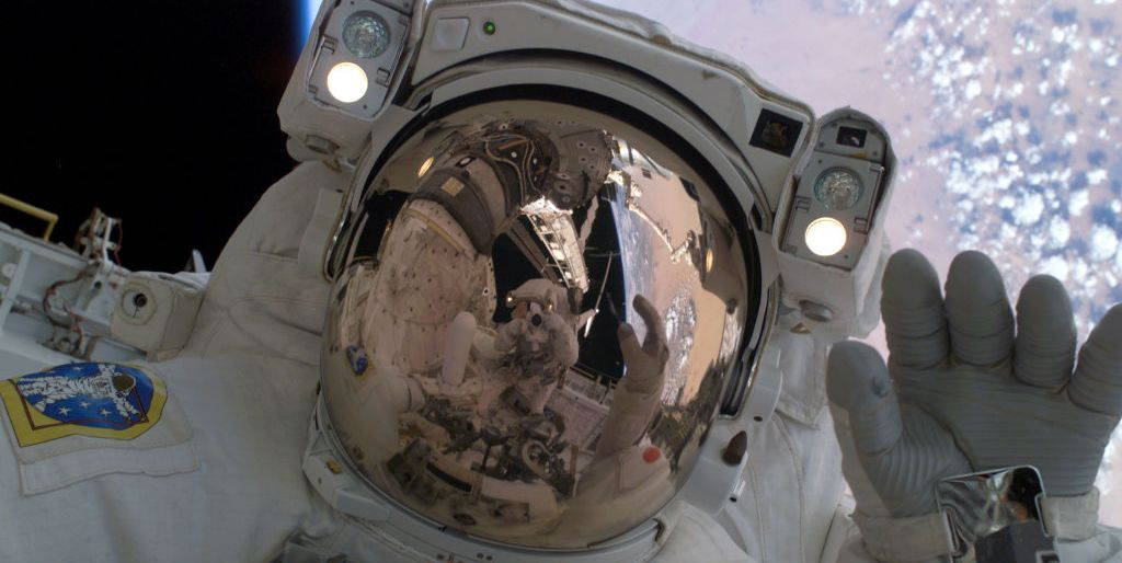We Figured Out What Space Smells Like, You'd Never Guess It