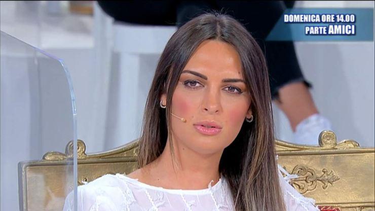 Andrea Nicole Classic Throne