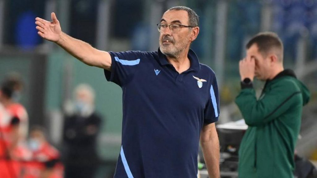"Lazio Lokomotiv.  Sarri: ""Back on the field on Sunday at 12.30? There is no logic"""