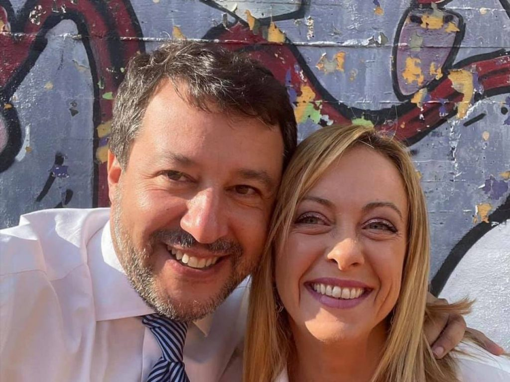 """Salvini-Meloni hug: """"Let's win and change Italy"""""""